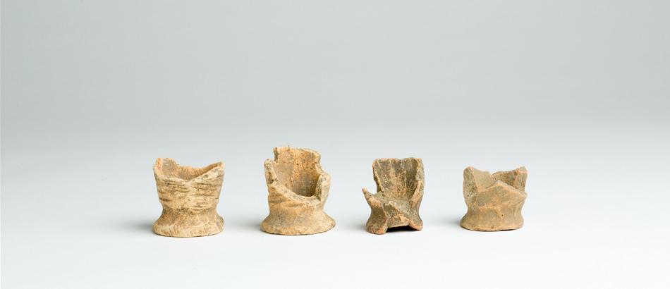 Objets de fouille du site archéologique de Kyujonai : poteries de fabrication de sel