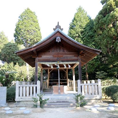 Sanctuaire shintoïste de Yamato-Okunitama : Hall de prière