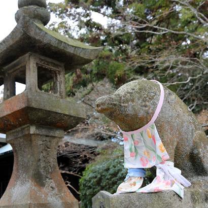 Temple Senzan Senkoji : paire de Koma-Inoshishi (statues de sangliers sauvages)
