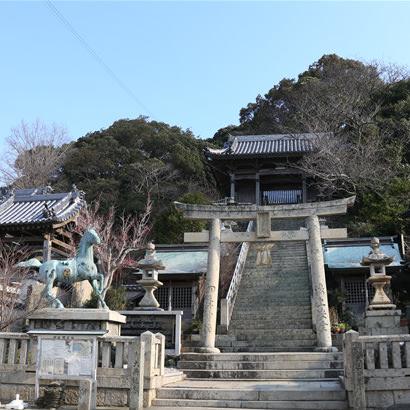 Sanctuaire shintoïste Nushima Hachiman