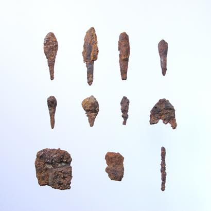 Objets du site archéologique de Gossakaito: produits en métal